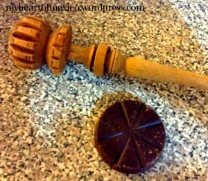 Mexican utensil for making chocolate