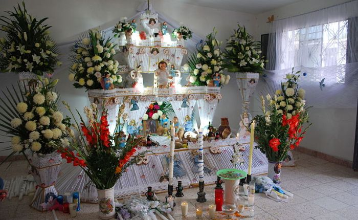 Day of the Dead altars for novicespirits